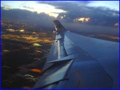 Sky colours / Couleurs de ciel - Vol  / Flight Amsterdam - Photofiltrée-  Montréal - 12 Nov 2007 .