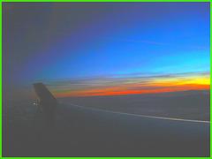 Sky colours / Couleurs de ciel - Vol  / Flight Amsterdam - Montréal - 12 Nov 2007 .  Photofiltrée.