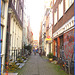 Thai massage- Redlight narrow typical street-  Amsterdam- 12 Novembre 2007.