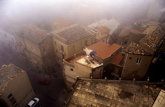 Foggy light in Enna