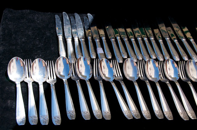 selling silver cutlery