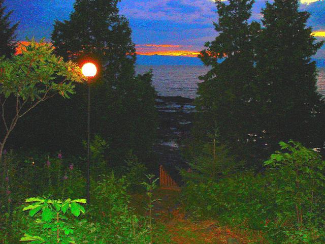 Coucher de soleil / Sunset - St-Jean-Port-Joli / Quebec, CANADA - 21 Juillet 2005 /   Peinture à l'huile - Painting effect