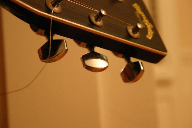 35.JF.Guitar.SoBoVA.16jun06