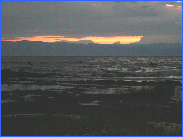 Coucher de soleil / Sunset -St-Jean-Port-Joli, Qc. CANADA. 21 juillet 2005.
