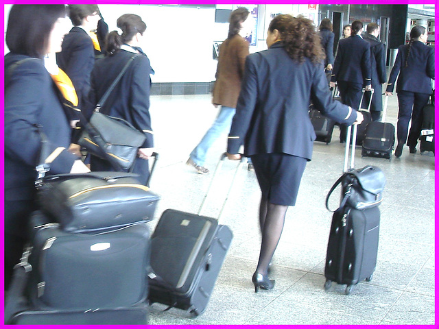 Entre deux- In between- Aéroport de Montréal- Montreal airport- 18 Octobre 2008
