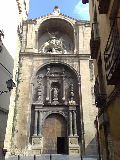 Logroño: Puerta de la Iglesia de Santiago.