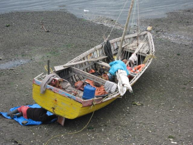 Dalcahue, reparaciones en la playa
