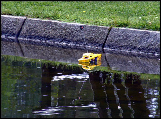 Radio-controlled boat