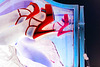 Lady Roxy avec / with permission - Talons hauts immaculés visitent miroir /  White heels against  mirror - Négatif