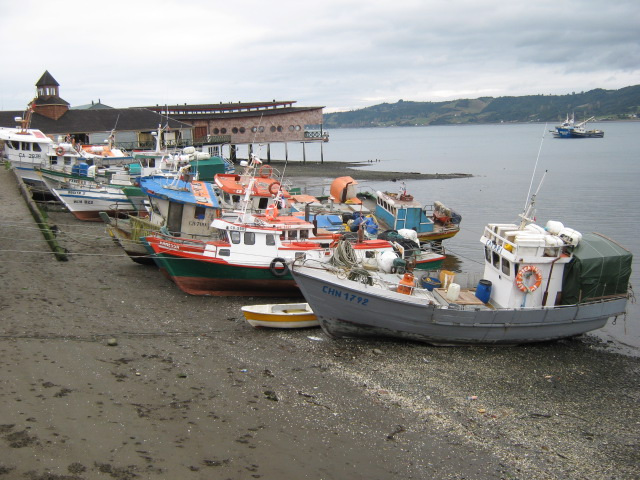 Dalcahue, esperando marea alta