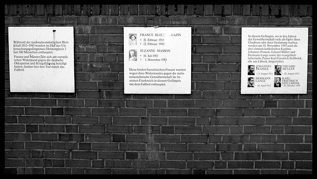 Signs at the Wall of Prison Holstenglacis 3