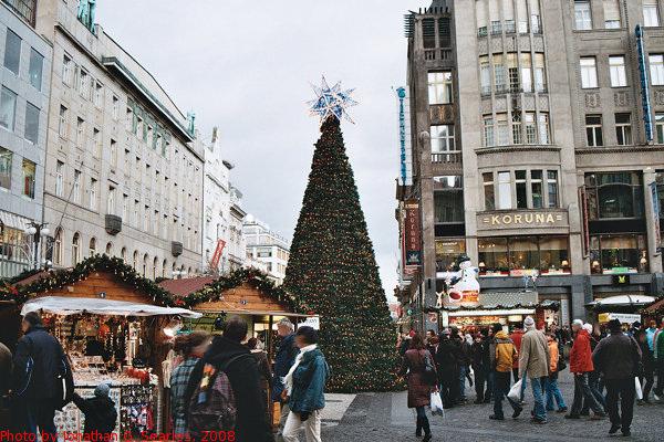 Christmas Market in Vaclavske Namesti, Prague, CZ, 2008