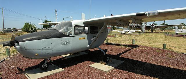 Cessna O-2A Super Skymaster (8389)