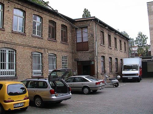 Offenbacher Kunstraum und Atelierhaus. September 2002 --- ofk ansicht096