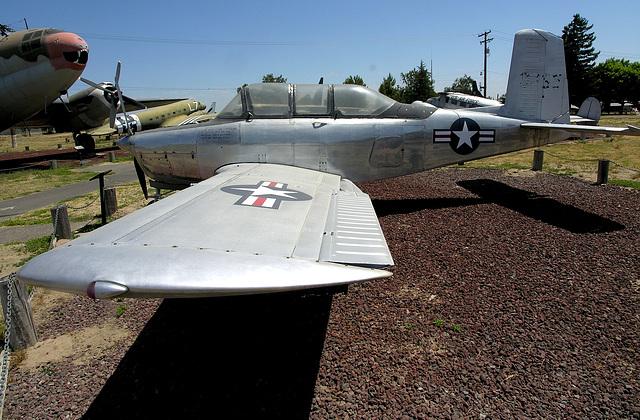Beech YT-34 Mentor (8401)