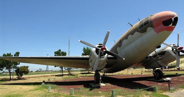 Curtiss C-46D Commando (8404)