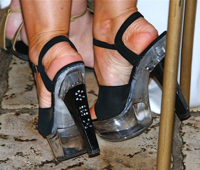 Mariage et Talons Hauts /  Wedding heels - Fébruary 2009 - Ipernity friend's gift