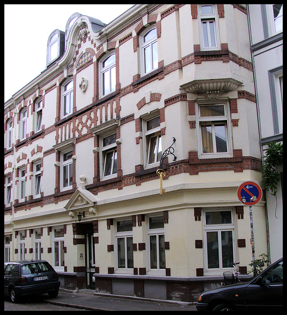 Beckstraße 9