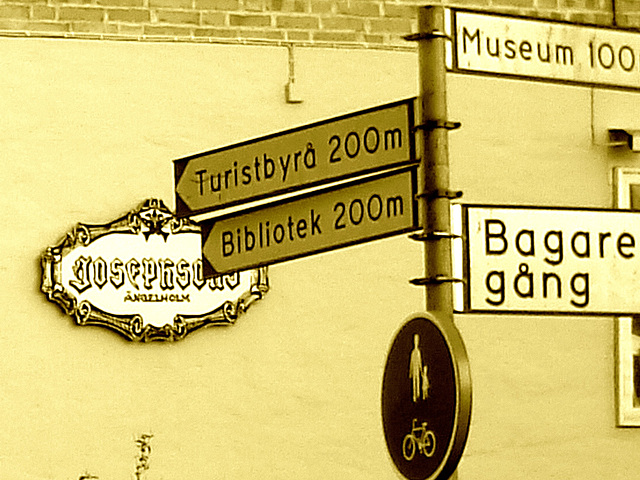 Josfphsons signs - Indications et enseignes  / Ängelholm - Suède / Sweden - 23 octobre 2008-  Sepia