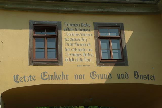 Torbogen in Stadt Wehlen