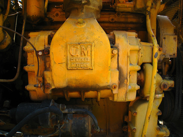 Galion Road Grader GM Engine (2547)