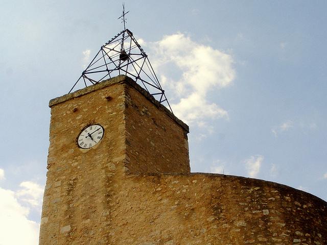 clocher de l'ancienne église du Barry