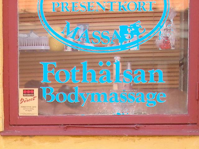 Massage suédois / Fothälsan bodymassage sign -  Laholm / Suède - Sweden.  25 octobre 2008  - En bleu / Blue letters artwork