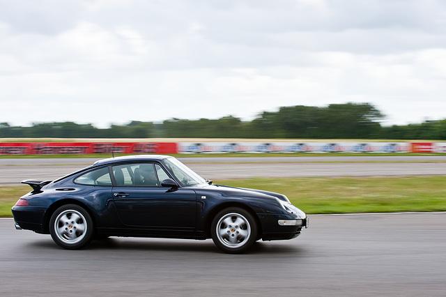 Porsche 16