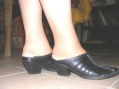 Mon amie Christiane avec permission -  Nouvelles chaussures /  Brand new sexy shoes - Podoélégance Christianienne !