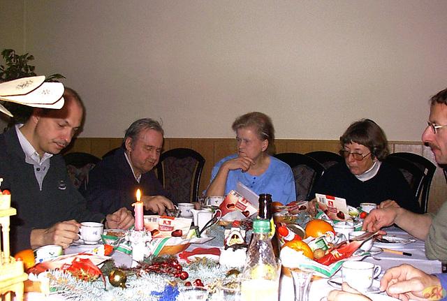 2003-12-14 02 Eo-asocio Saksa Svisio