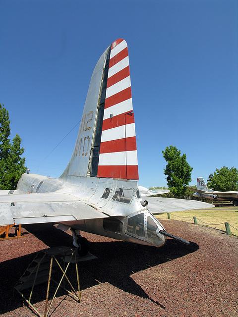 Douglas B-23 Dragon (8347)