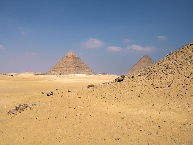 vue sur les pyramides de Khéphren et Kheops