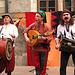mezepokecaj muzikistoj:  La Korvofratoj