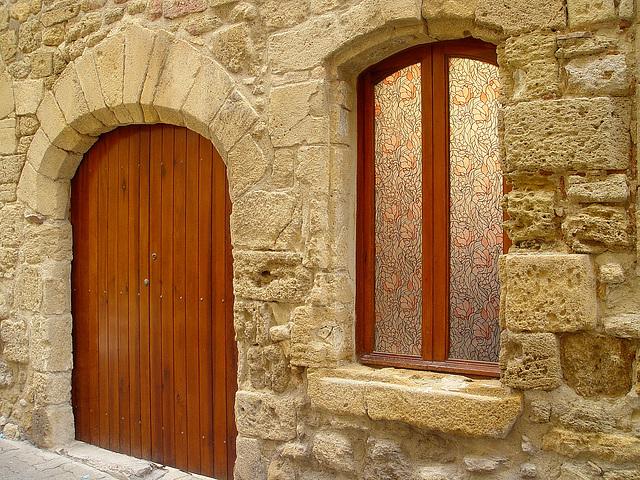 jolie rénovation de porte et fenêtre