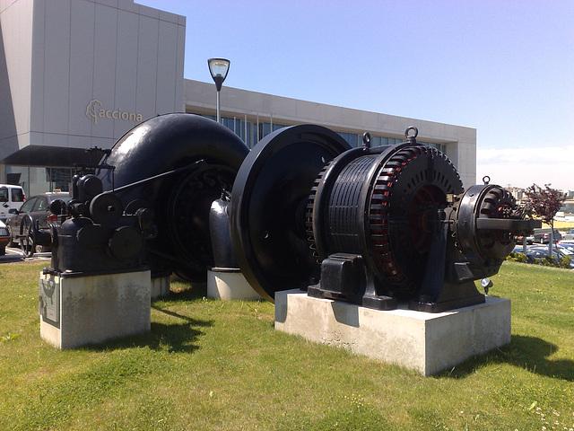 Vieja central hidroeléctrica en Sarriguren (Navarra).