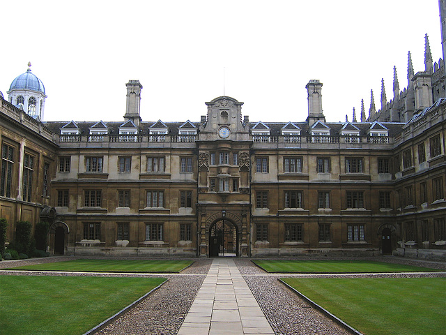 Clare College Old Court