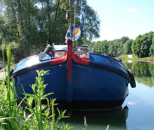 Sur le canal de Bourgogne