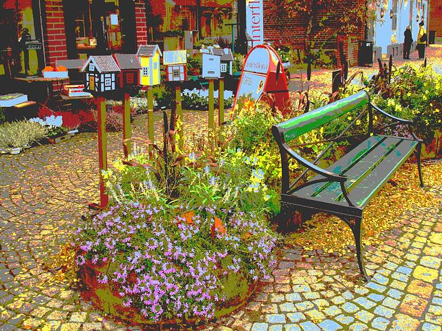 Scène de trottoir fleuri interfloré /  Interflore store scenery.   . Båstad .  Suède /  Sweden.  21 octobre 2008. Postérisation + touche de bleu pâle
