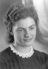 Meine Mutter  Margarete 1944