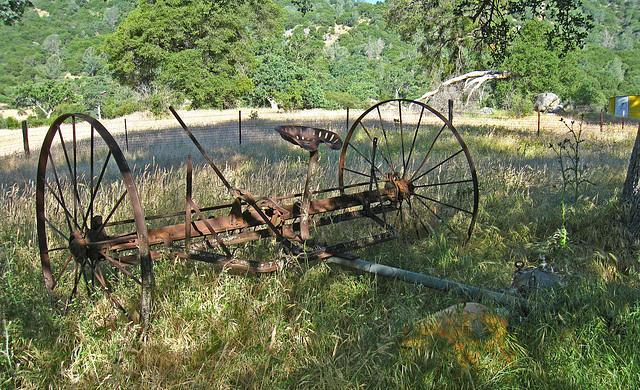 Old Farm Equipment (2618)