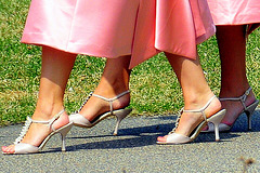 Butterfly - High-heeled twin sisters candid shot -  With / Avec permission