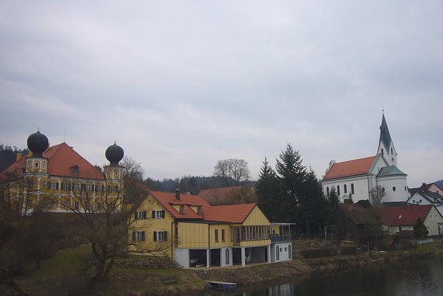 Schloss Ramspau, der Regen u. St.Laurentius