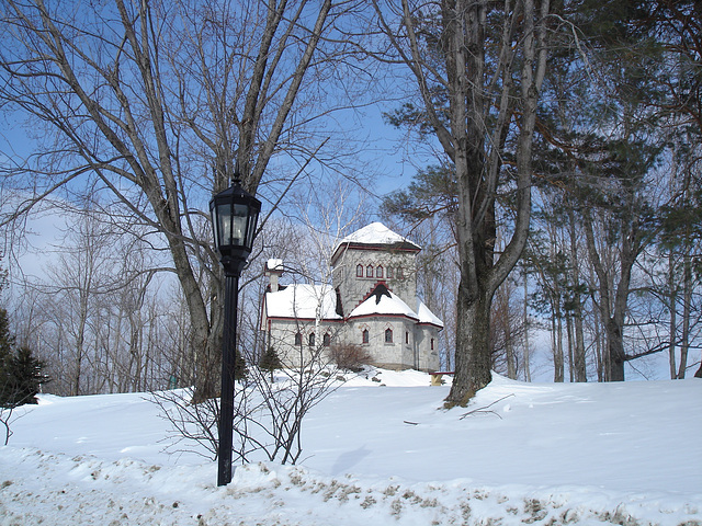 Tour St-Benoit - St-Benoit du Lac, Québec - CANADA /  6-02-2009