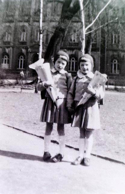 PICT1257vor dem Johanneum 1958