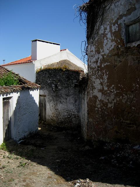 A-dos-Ruivos, hamlet street