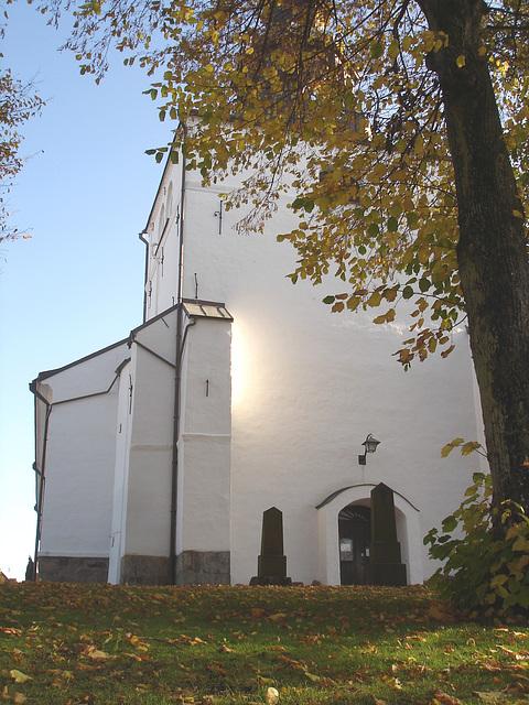 Laholms kirka ( Church & cemetery) - Église et cimetière