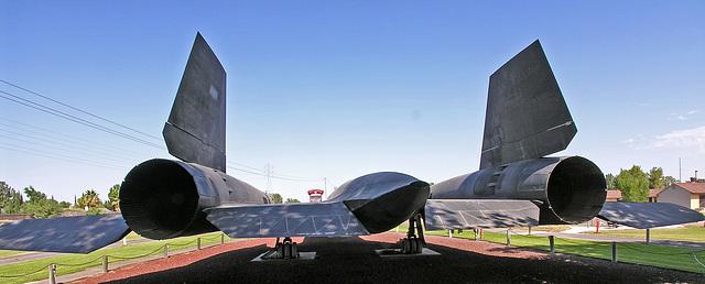 Lockheed SR-71A Blackbird (8330)