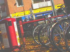 Sony infinity perfekt corner /  Le coin du vélo infini à la suédoise  -  Ängelholm / Suède - Sweden.  23 octobre 2008