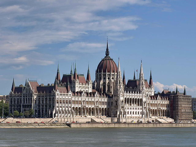 P6127194ac Pest Parliament from Buda Danube River Bank