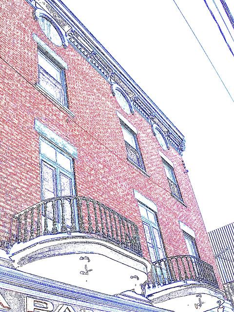 Architecture ancienne sur la rue principale /  Main street old architecture -   Dans ma ville - Hometown.  3 février 2009 - Colourful outlines /Contours en couleurs.